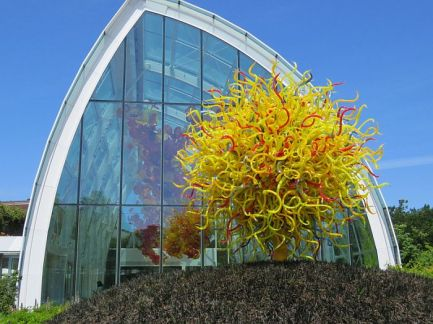 Outside Chihuly Garden and Glass