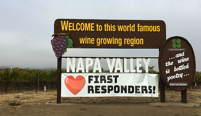 Napa loves first responders sign